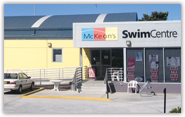 Image of McKeon's Swim Centre in Unanderra external from car park